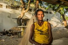Carlos Alberto Teixeira, pai de Lucas Índio, foi um dos 45 pescadores locais contratados pela Samarco, para instalar e monitorar as boias de contenção. (3/3)
